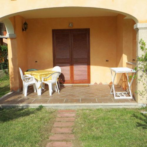 La veranda di una delle camere