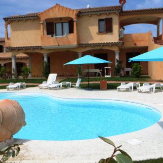 La piscina dell'Hotel Il Viandante a San Teodoro Sardegna