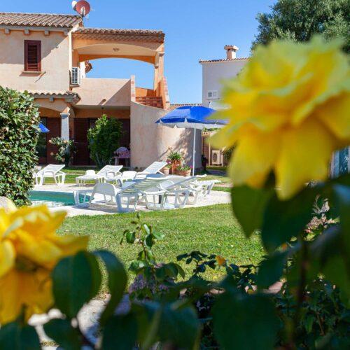 Il giardino dell'Hotel a San Teodoro
